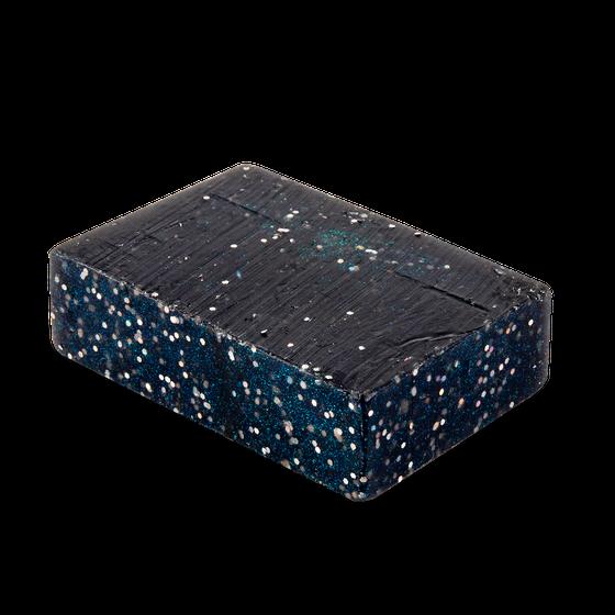 Блестящее черное мыло с лечебной минеральной грязью